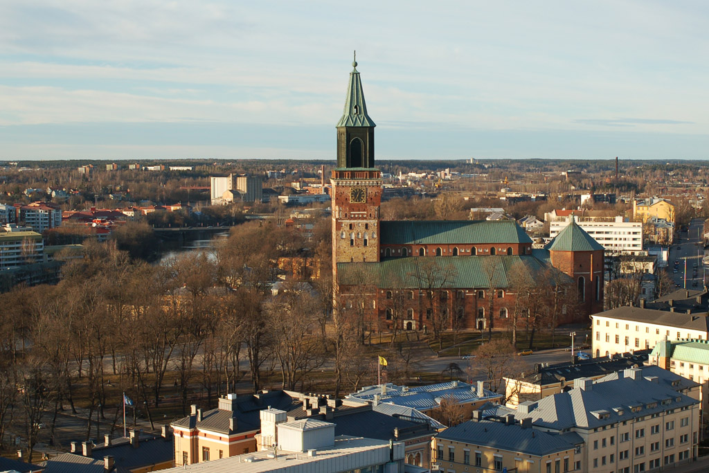 Turku_Cathedral_from_the_obseratory